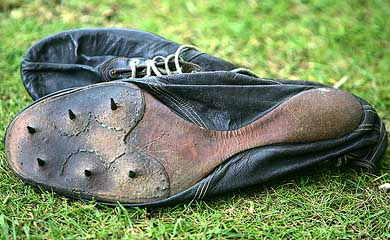 The Track Shoes That Broke the 4:00