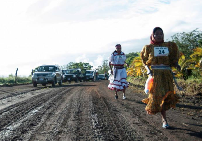 tarahumara indians running technique